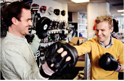 Henrik og Lars i Nippon Sport på Vesterbrogade
